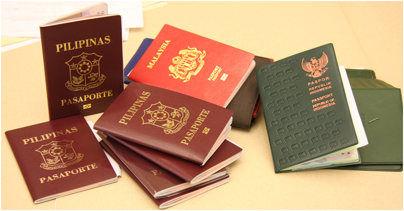 Gov't to Scrap Iqama Stickers on Expats' Passports