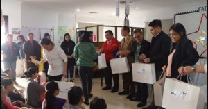 300 Distressed Filipinos in Kuwait Receive Early Christmas Gift from Pres. Duterte